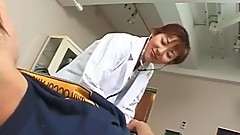 Uncensored Japanese MILF porn Doctor - xFuckCam.com