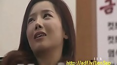 Sexy Korean MILF Seduced - http://adf.ly/1en5ap